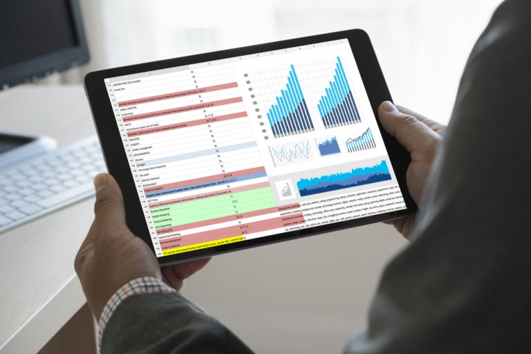Analyzing data on tablet