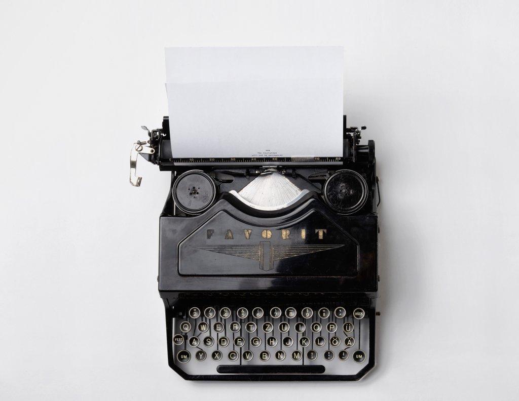 content writing seo typewriter