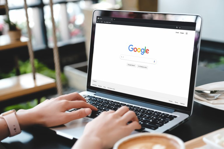 Google Search Engine Query